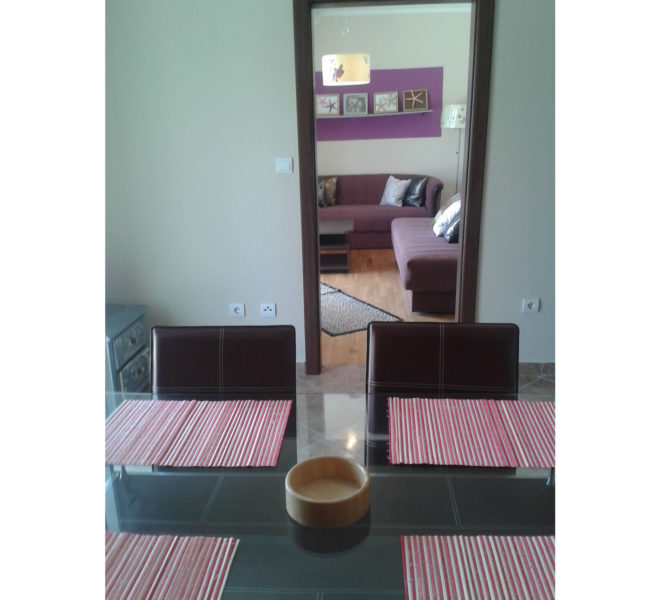 Igalo - Apartman u Njivicama sa velikom Terasom - 50m2 - Slika 1