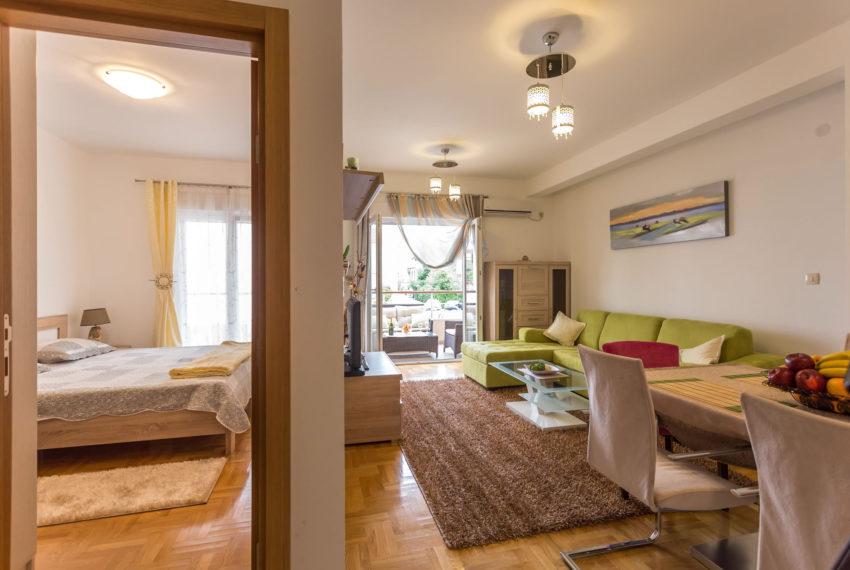 Đenovići - Jednosoban Apartman Sa Bazenom II - 4 Osobe - Slika 2