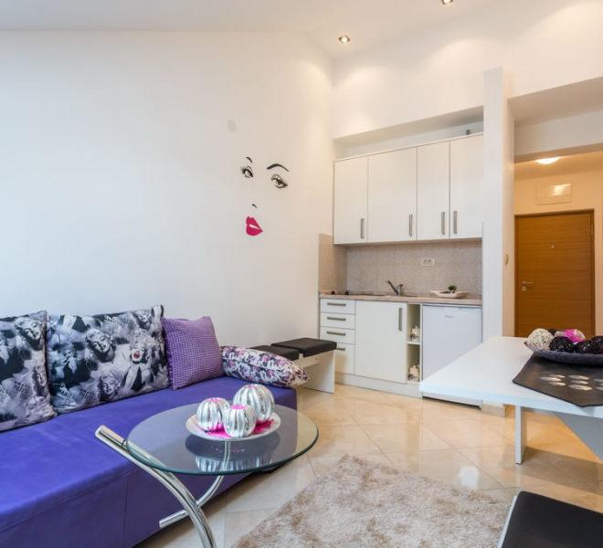 Đenovići - Studio Apartman Sa Bazenom - 2 Osobe - Slika 1